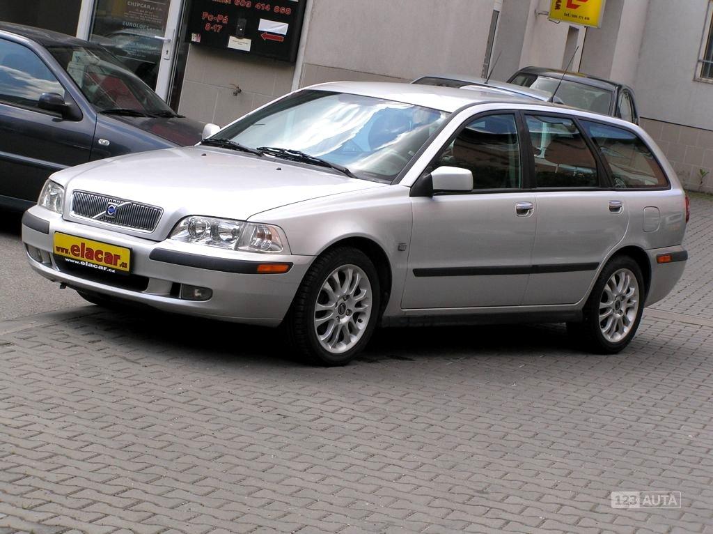Volvo V40, 2002 - celkový pohled