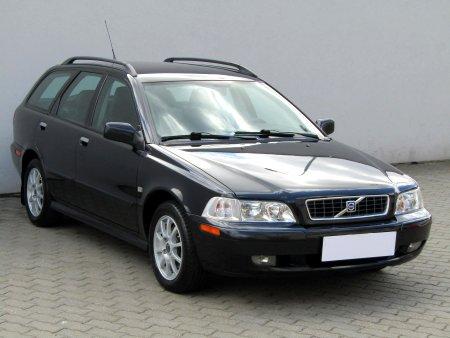 Volvo V40, 2004