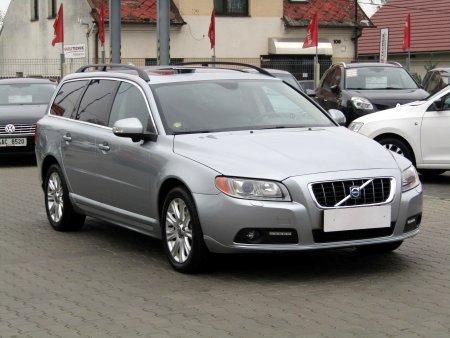 Volvo V70, 2009